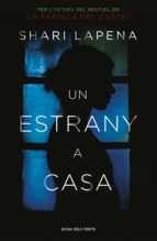 un estrany a casa (ebook)-shari lapena-9788416930524